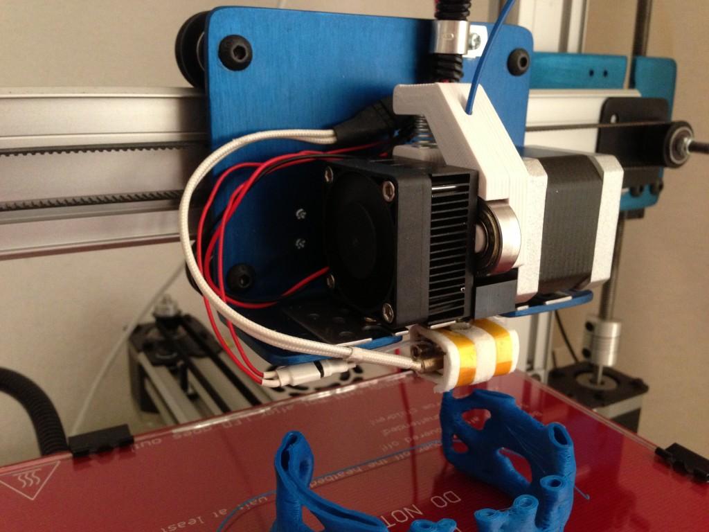Aandrukconstructie voor het filament