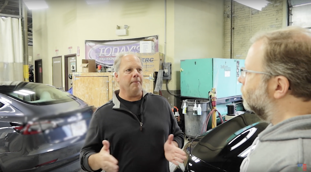 Zac Cataldo in gesprek met Bobby Cobb van Today's Collision Tesla Repair Center